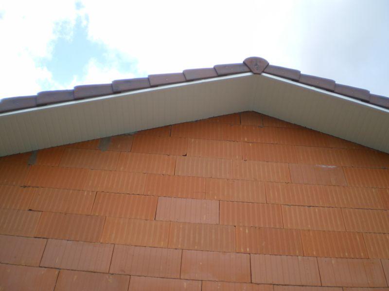 La maison d ulysse et tristan - Debord de toit ...